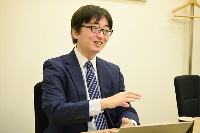 副代表/システムコンサルタント 榎本 孝史